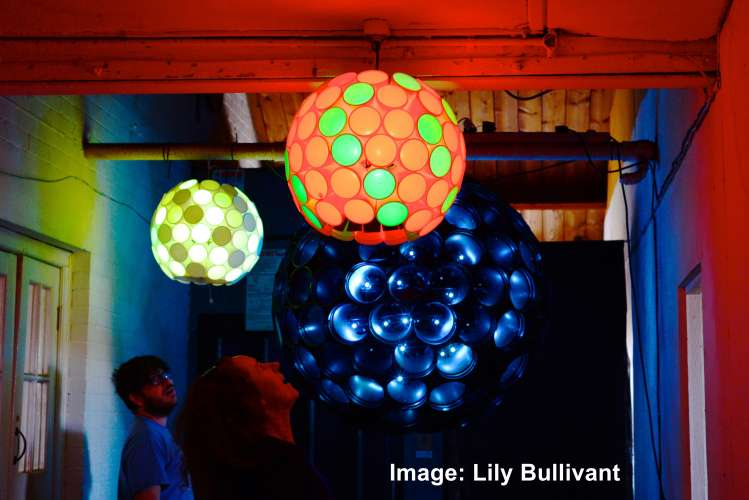 Light installation by Gavin Morris. Image by Lily Bullivant